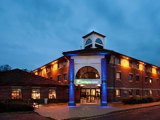 Фото отеля Holiday Inn Express Warwick - Stratford-upon-Avon