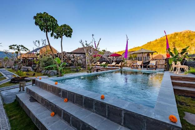 Latengaya Mount Batur View Bungalow