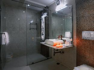 Фото отеля Royale Residency Hotel