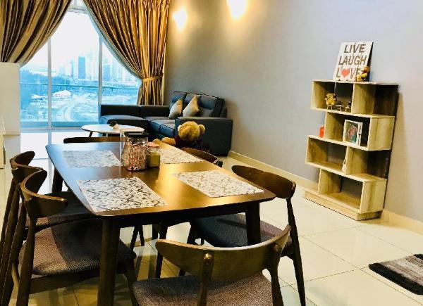 Seaview @ Strategic Location to Legoland & JB Town Johor Bahru