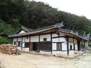 Sujoldang Hanok Guesthouse