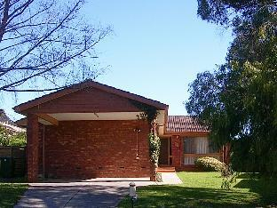 East Doncaster Pine Hill Accommodation Melbourne Victoria Australia