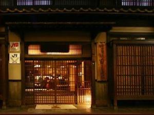 關於田邊旅館 (Ryokan Tanabe)