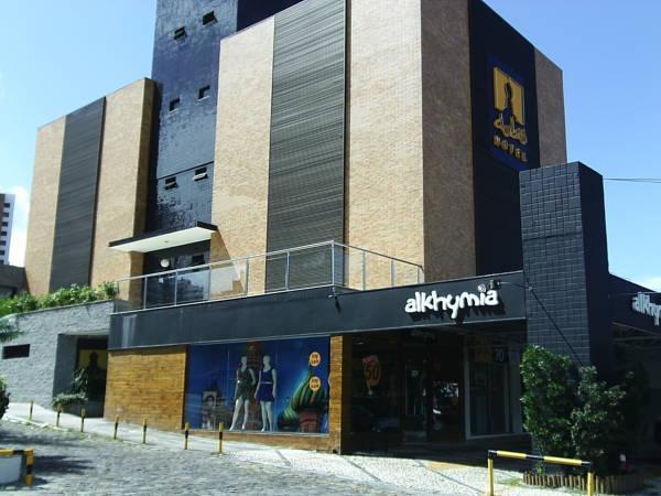 OYO Hotel Pituba Business