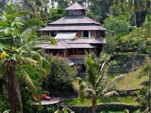 Pelangi Estate