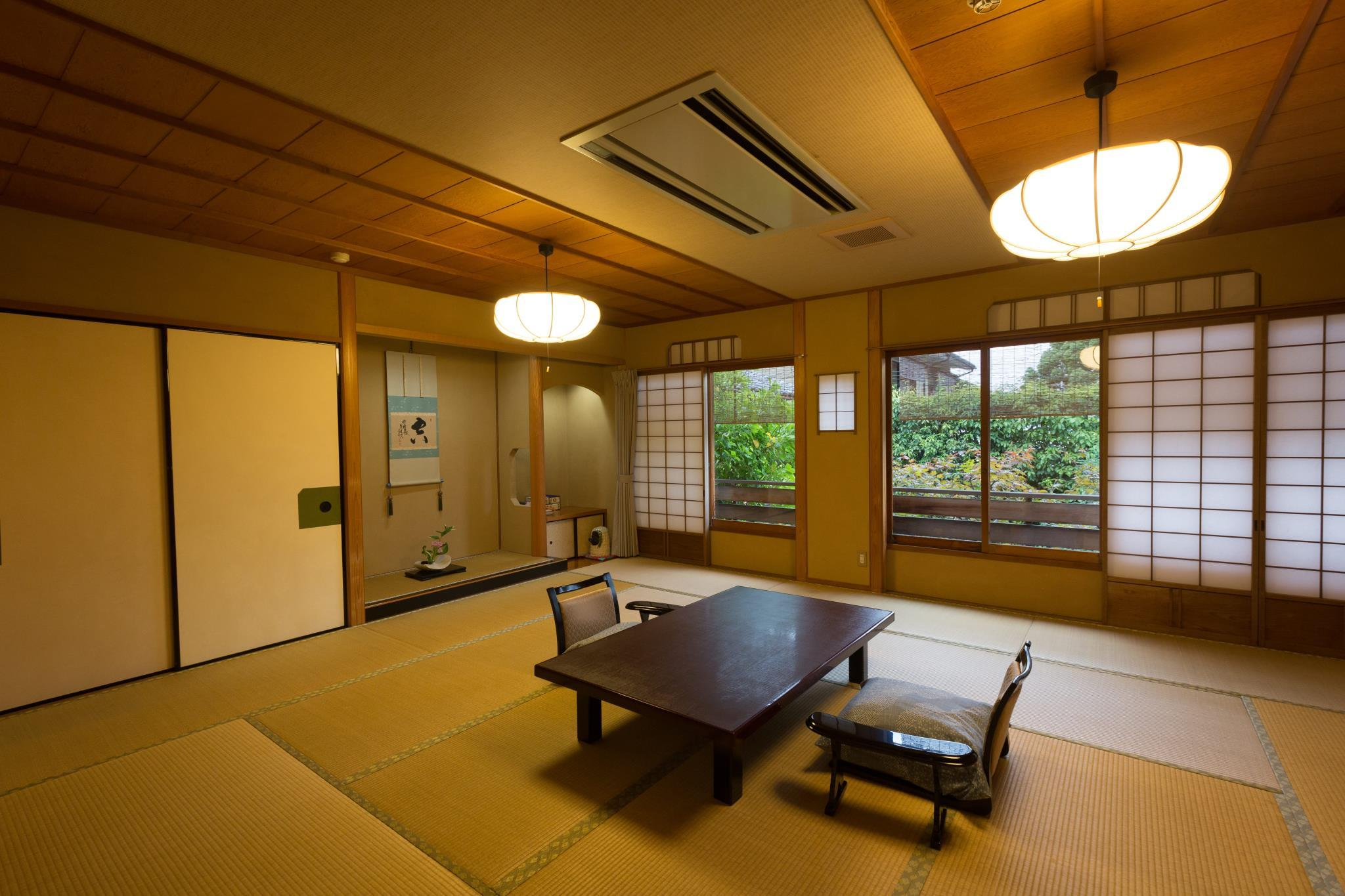 Japanese Room with Open-Air Bath