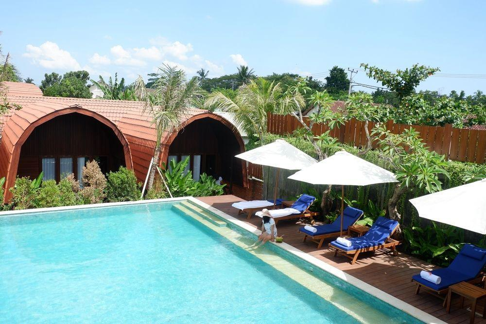 Aloravilla Hotel Lombok Senggigi