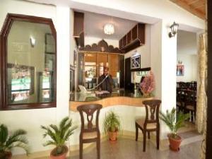 Green Oak Resort