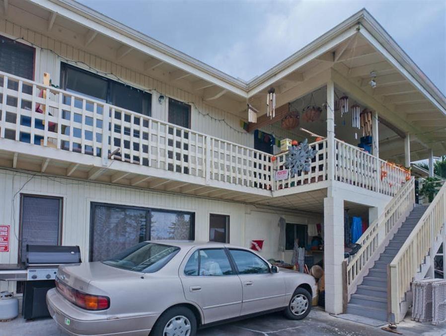 Simple Kona Guest House