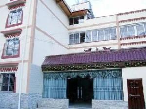 Jiuzhaigou Yixinyuan Inn