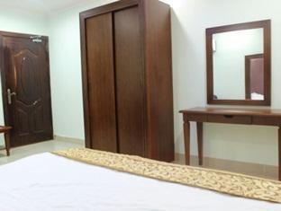 Buhr Deluxe Apartment 4