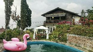 Green Hill Villa with Flower Bogor