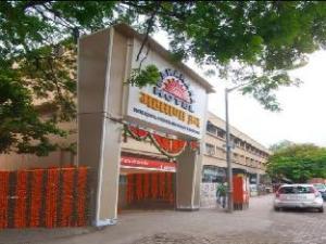 Tentang Hotel Maharana Inn (Hotel Maharana Inn )
