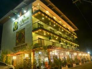 더 프리미어 비즈니스 호텔  (The Premiere Business Hotel)