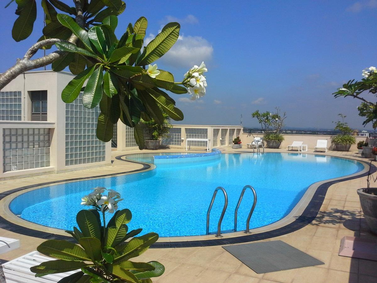 Hedgers Court Residencies   Otium Apartments