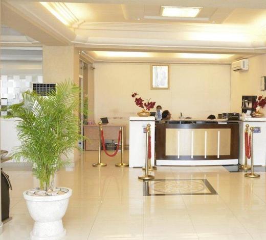 Best Western Plus Nobila Airport Hotel