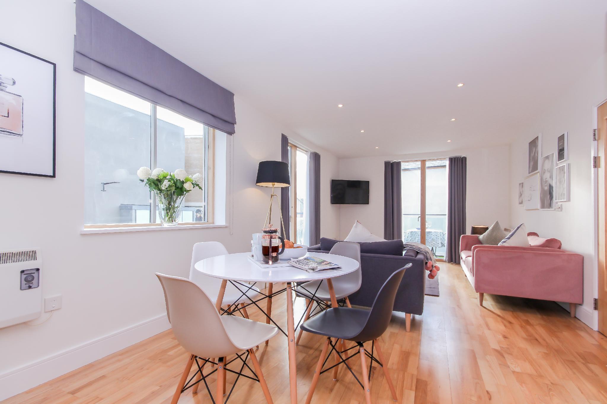 Oxford Castle - Luxury Apartment  Reviews