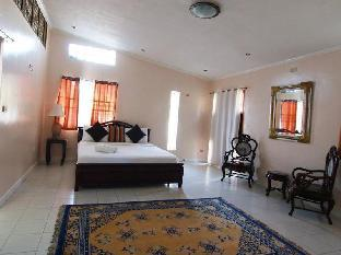 picture 3 of Hacienda Solange