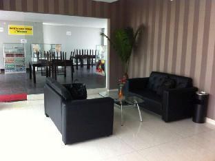 J Residence Hostel Ciumbuleuit