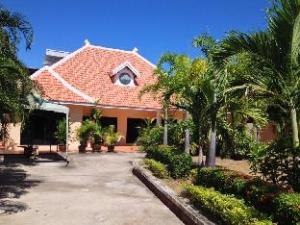 Arunothai House Pool Villa Phratumnak Hill