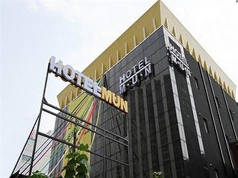 ホテル ムン