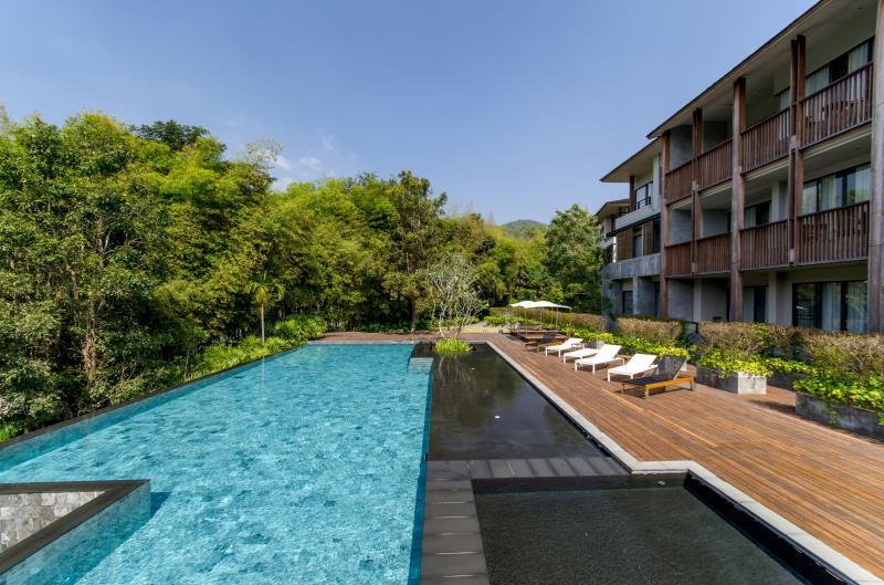 รีวิว วีรันดา ไฮ เรสซิเดนซ์ (Veranda High Residence) [CR] Pantip