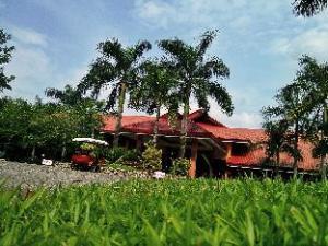 Zaycoland Resort and Hotel