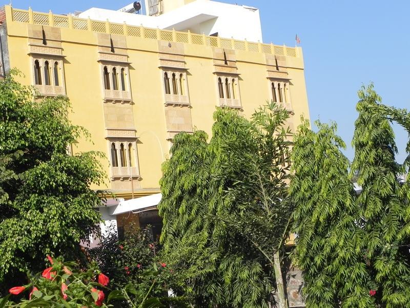 Vanraj Palace