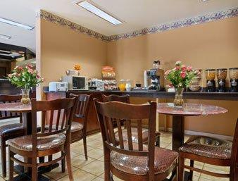 Microtel Inn And Suites By Wyndham Clarksville