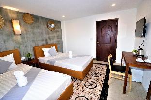 Grand Elevation Hotel