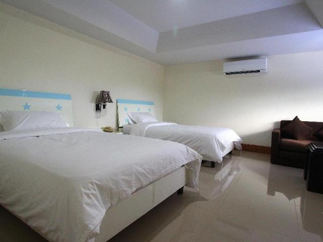 โรงแรมริมน้ำ – Rim Nahm Hotel