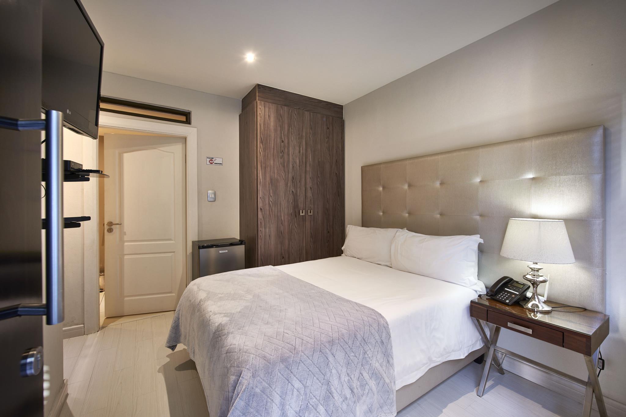 Dynasty Forest Sandown Hotel