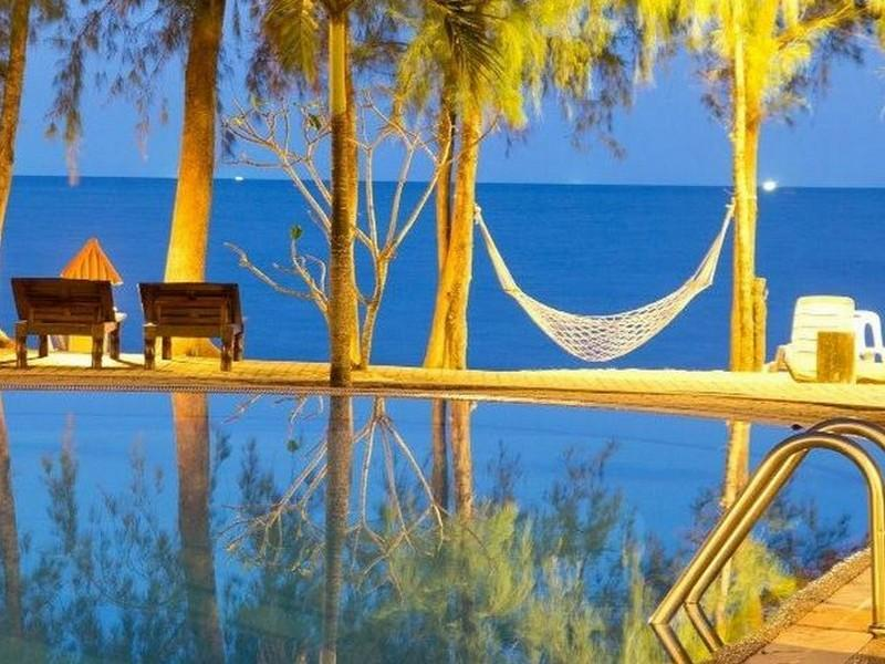 Bayview Beach Resort Baan Grood