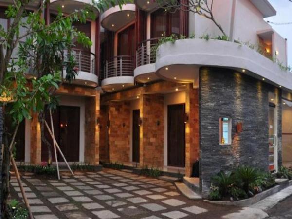 Delalis Home Stay Bali