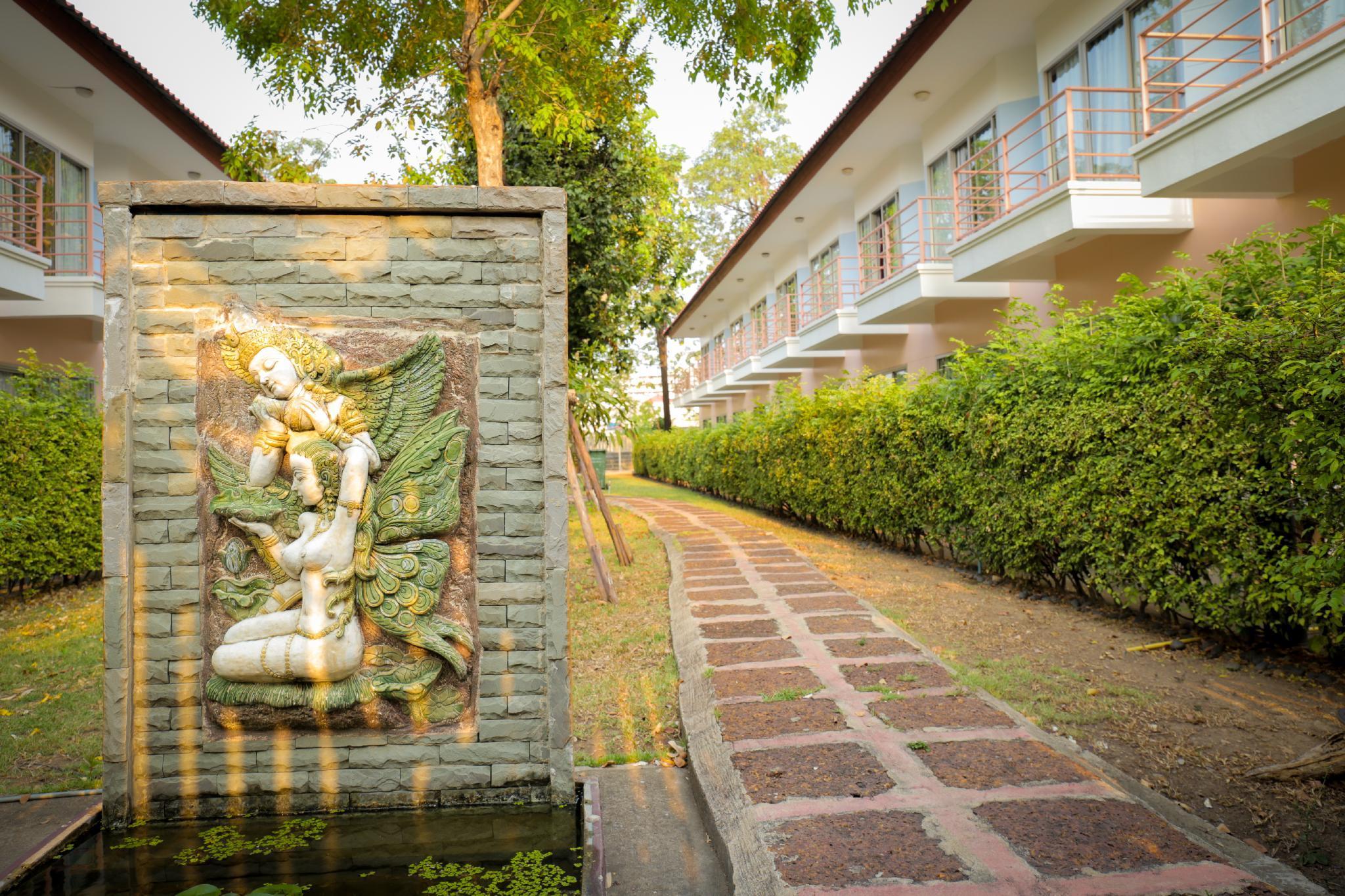 Kiatthada Resort And House