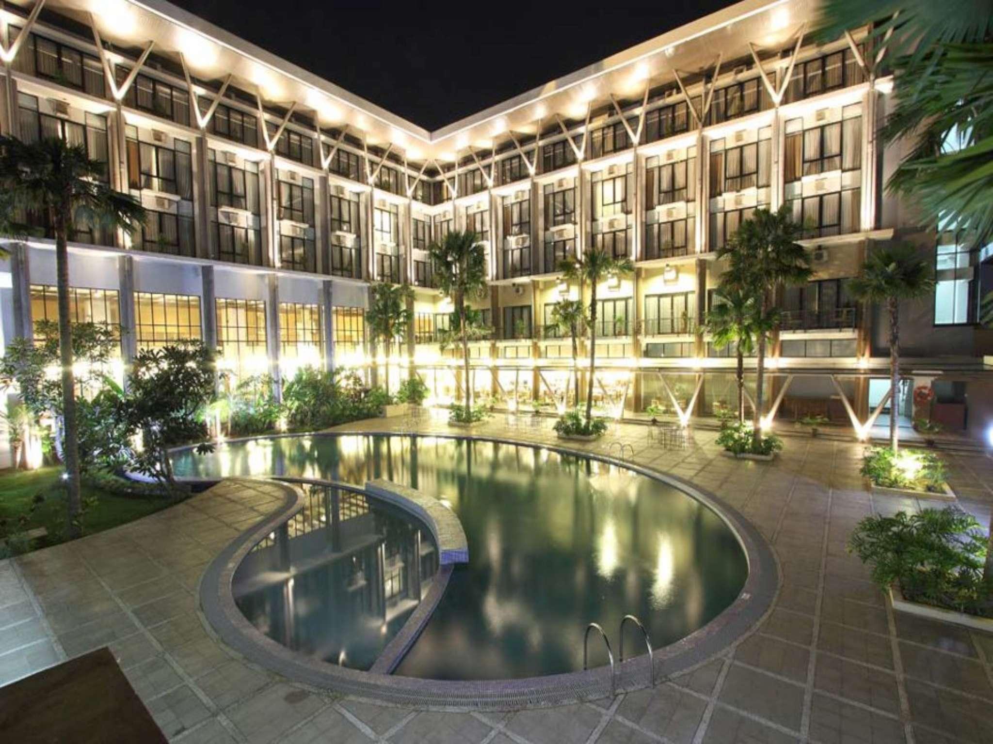Ratu Hotel Serang