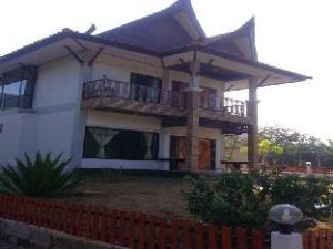 Poonsap Villa