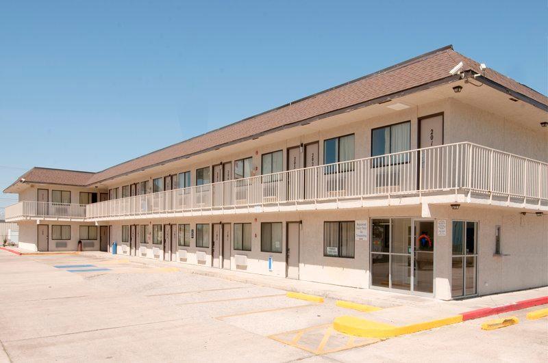 Americas Best Value Inn And Suites Groves Port Arthur