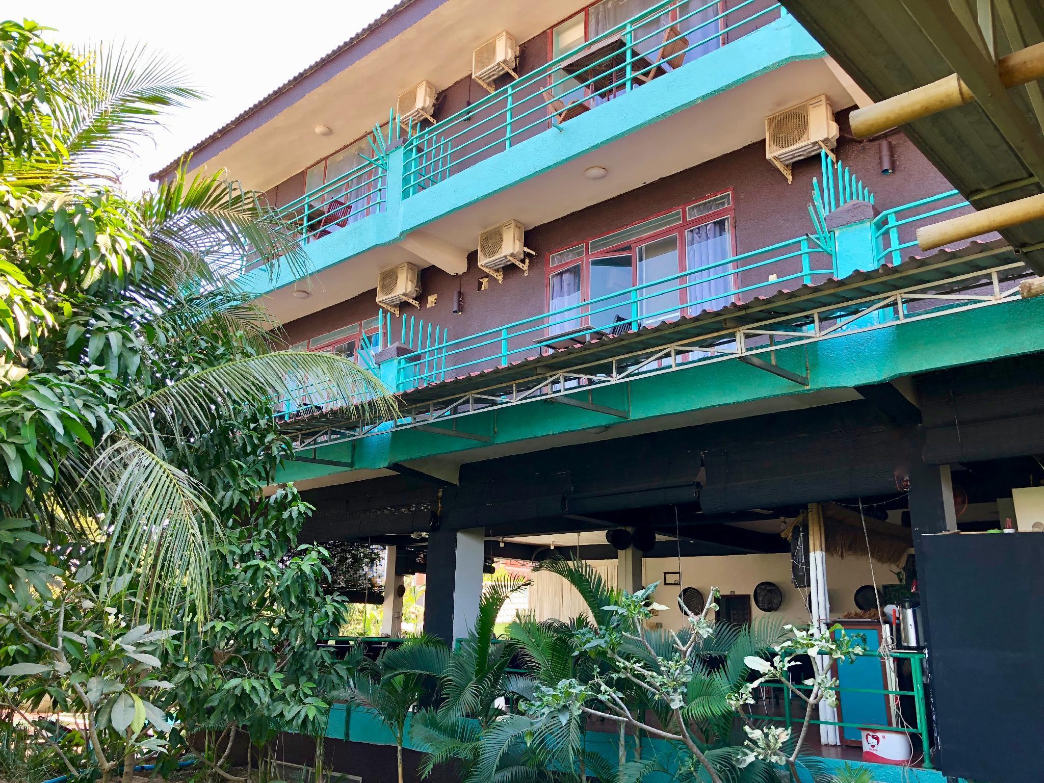River Dolphin Hotel