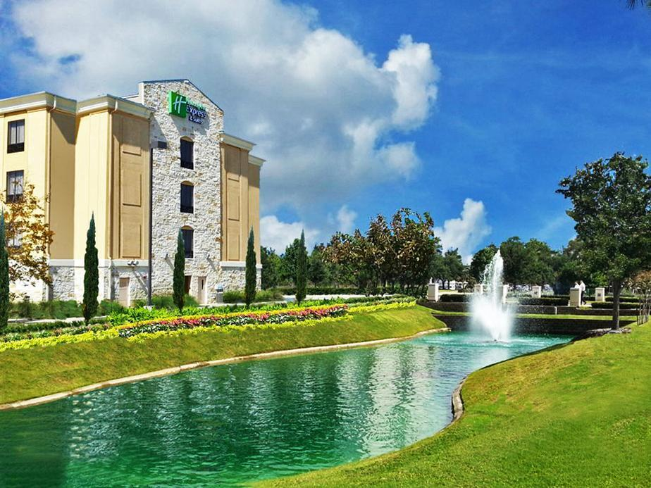 Holiday Inn Express And Suites Houston Northwest Brookhollow