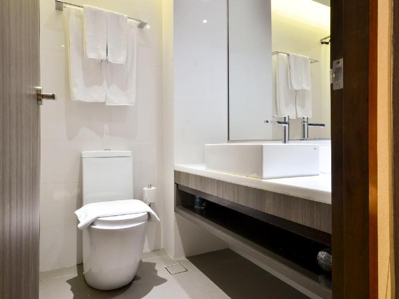 Contemporary Bathroom Accessories Jalan Besar New Hostel Rooms