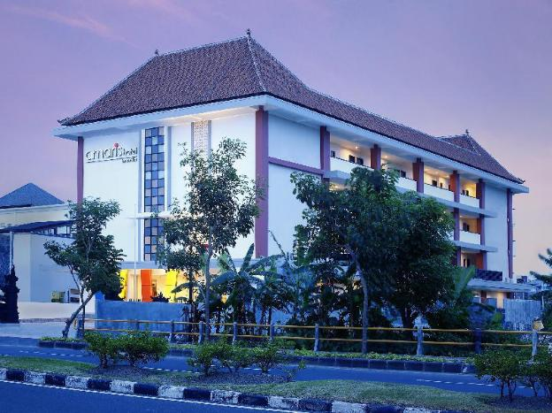 Amaris Hotel Sunset Road