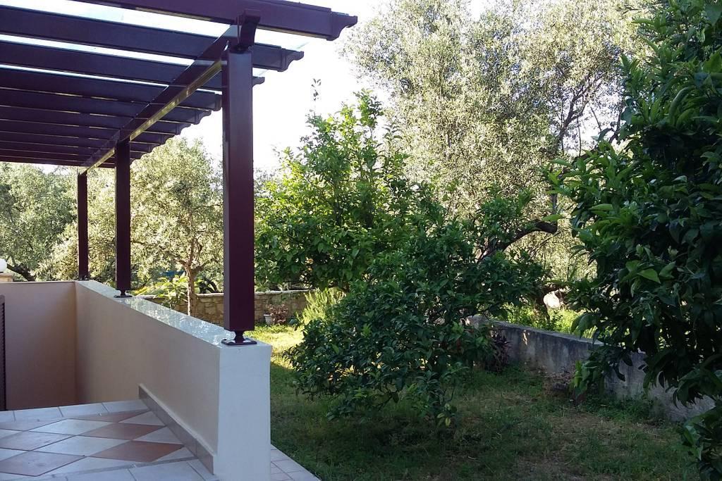 Romantic Hideaway With Garden