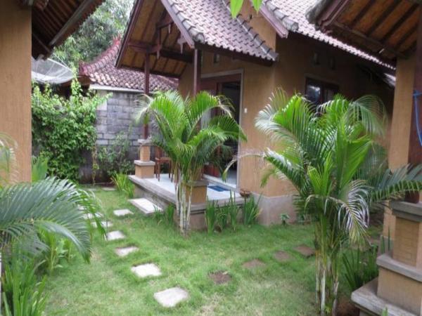 Josh Homestay Amed Bali