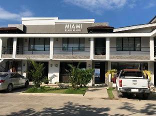 picture 1 of Miami Heat Beach Resort