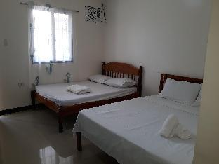 picture 1 of Gardenview room 2