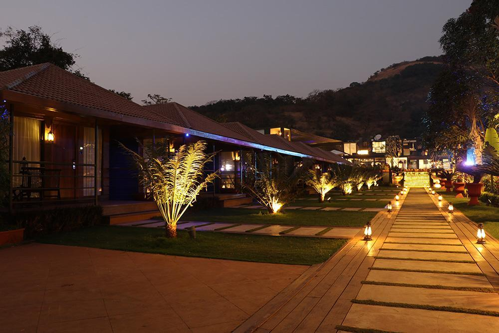 DATA Resort