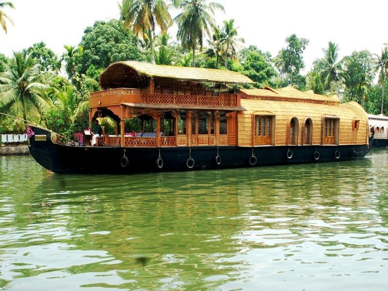 Indraprastham Houseboat