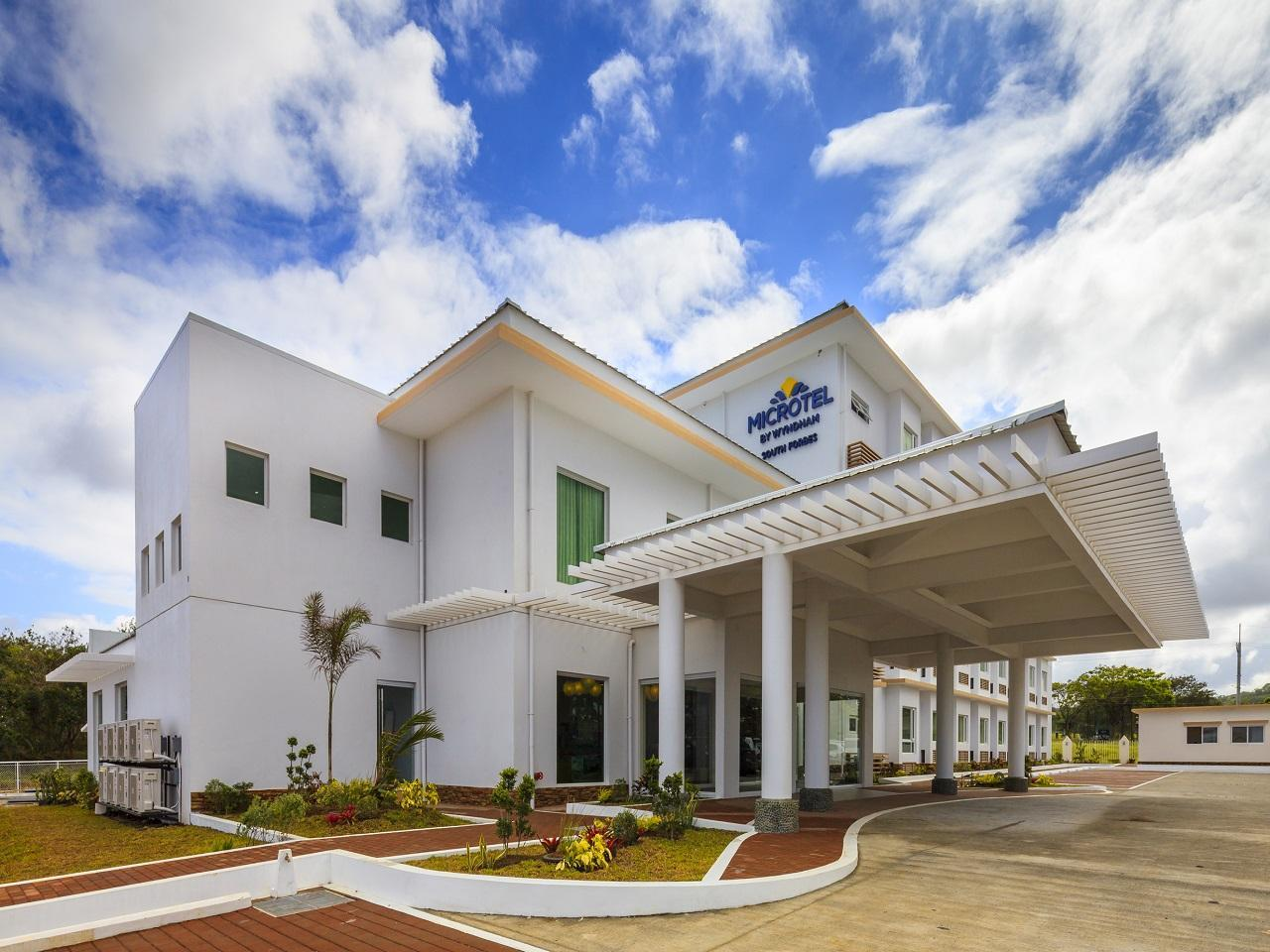 Microtel By Wyndham South Forbes   Nuvali Sta. Rosa