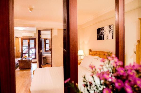 BA TRA HOUSE - APARTMENT with Balcony/big window. Ho Chi Minh City